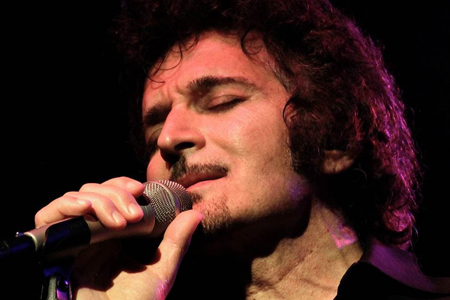 Gino Vannelli One World Theatre